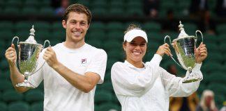 Neal Skupski and partner Desirae Krawczyk win the mixed doubles title, beating Joe Salisbury and Harriet Dart 6-2, 7-6